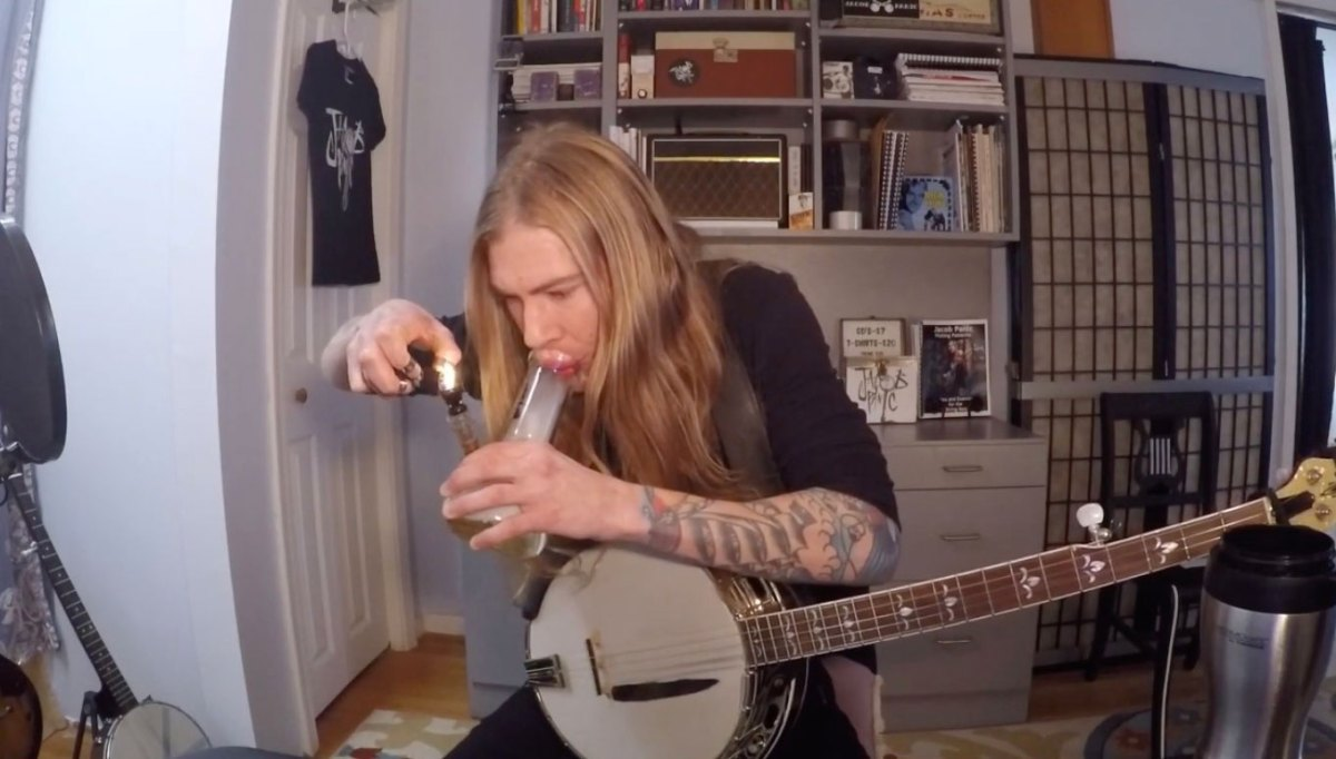 Promising new YouTube series: Bongs and Banjos | Boing Boing