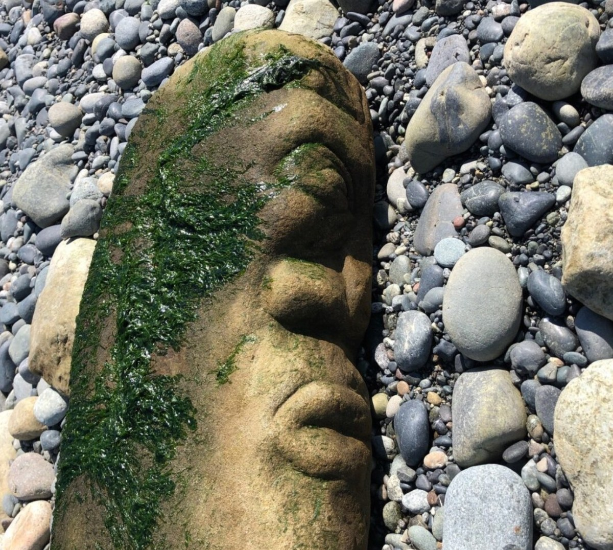 Stone figure identified by museum as indigenous artifact was actually carved recently by local artist | Boing Boing