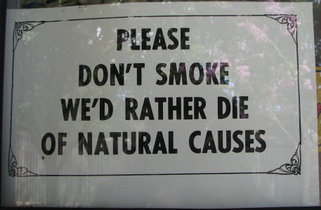 "New Zealand aiming to be ""smoke free"" by 2025 