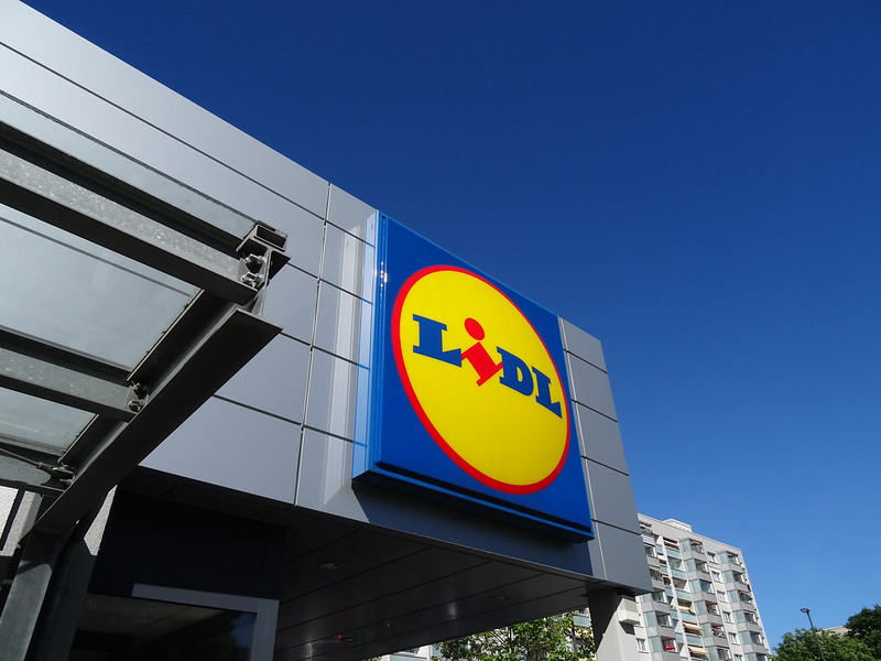 """Lidl Ireland becomes """"first major retailer in the world"""" to offer free sanitary products"""