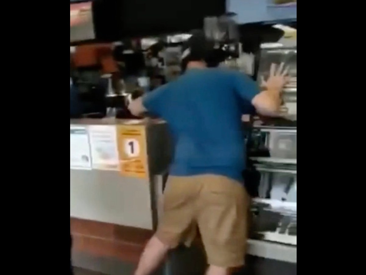 Unhappy Happy Meal customer tears apart a McDonald's, fights police | Boing Boing