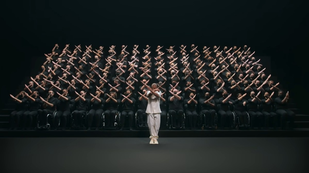 Choreographed Paralympics hand-off ceremony is poetry in motion | Boing Boing