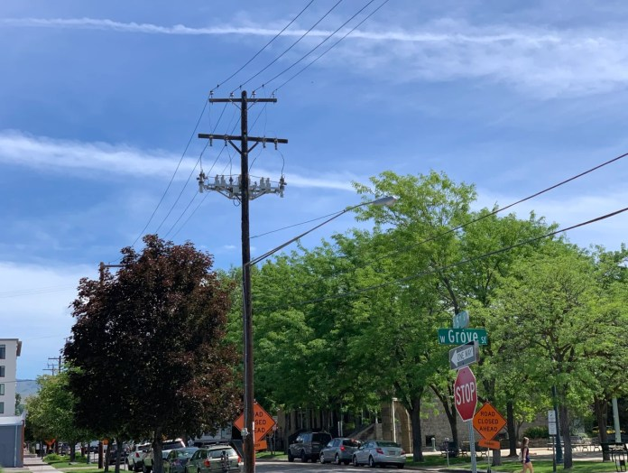 5th Street power lines