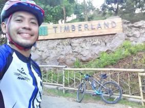 Mandatory selfie taken at the Timberland facade (taken during another ride)