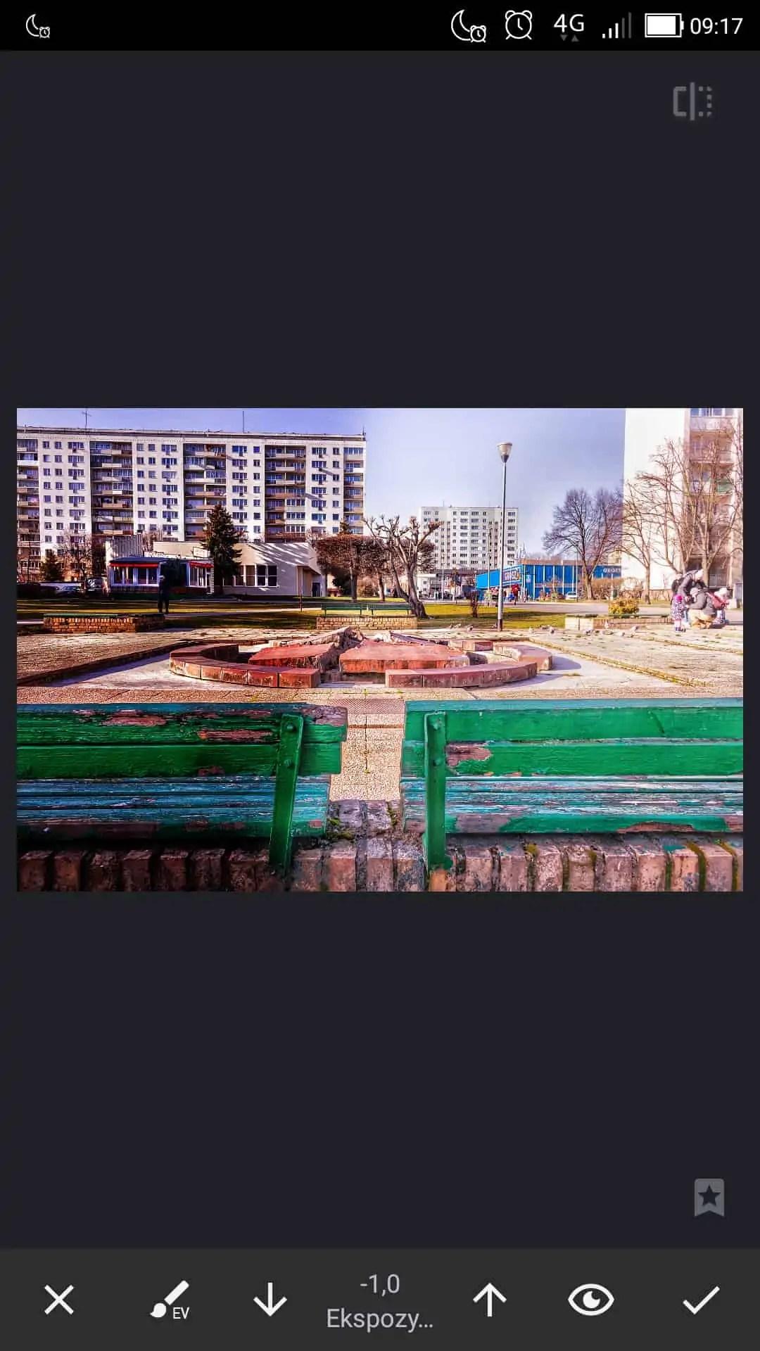 apka do zdjęć filtry z wykorzystaniem maskowania palcem po ekranie - Snapseed apka do zdjęć dla każdego