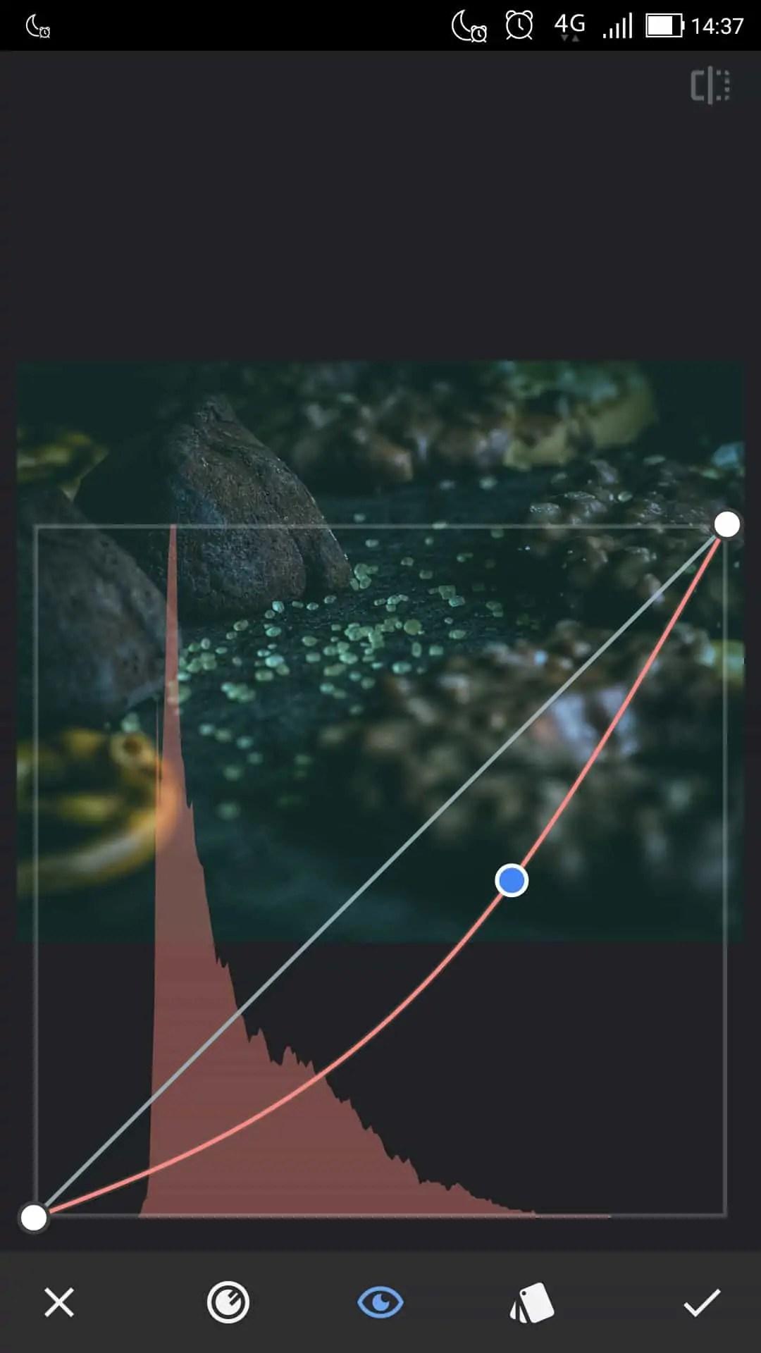 efekt zielonego koloru poprzez zmniejszenie wartości czerwieni - Snapseed apka do zdjęć dla każdego