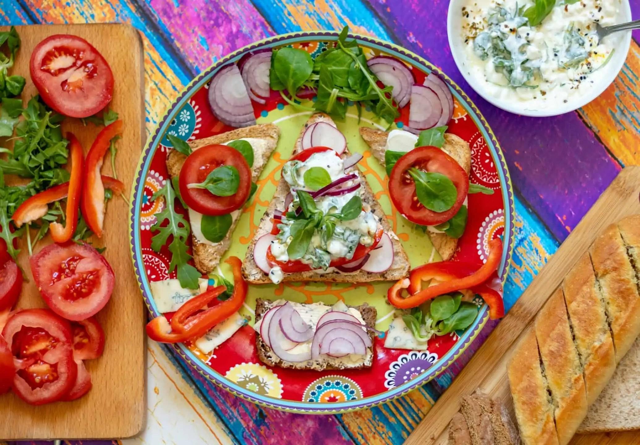 Kolorowe zdjecia domowe kanapki w malej kuchni 2 - Najlepszy prezent dla fotografa jest darmowy. Resztę kupisz do 100 pln