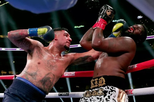 Chris Arreola vs Jean Pierre Augustin. (fot. Tom Pennington/Getty Images)