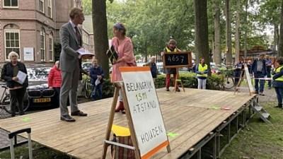 4675 handtekeningen tegen bomenkap op de Brink