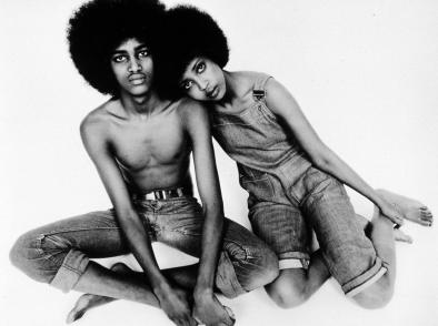 Afro love.