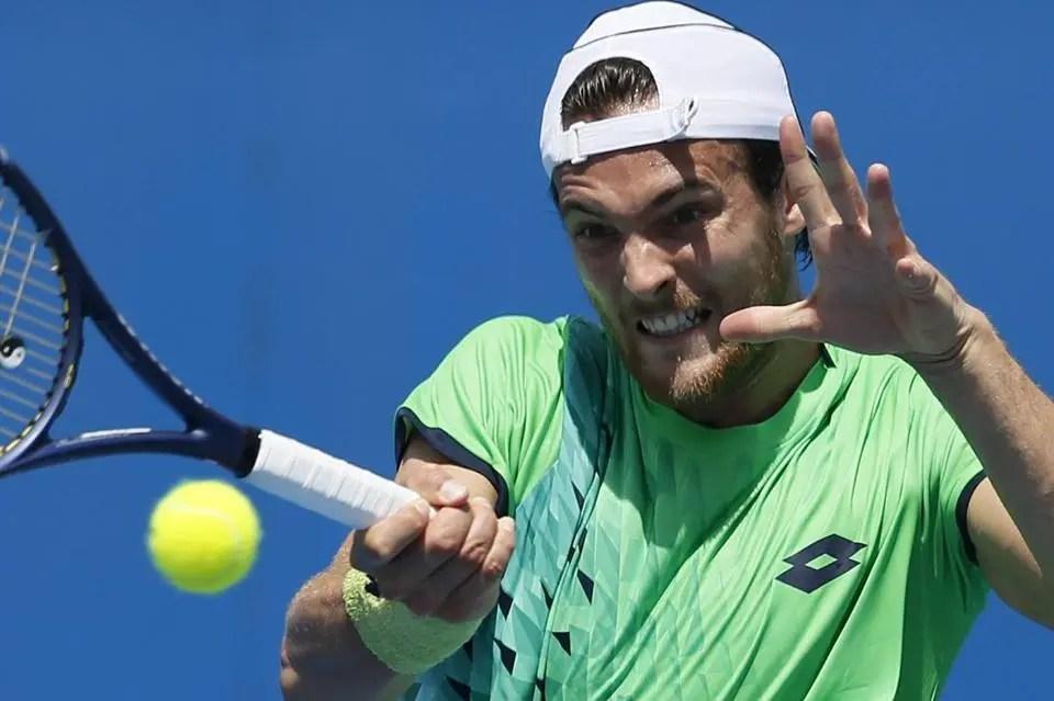 João Sousa vence e vai reencontrar Andy Murray na 3.ª ronda