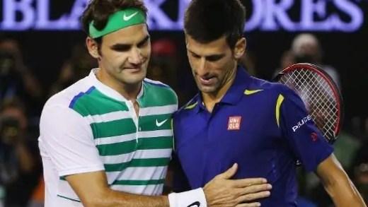 Ex-selecionador sérvio diz que Djokovic devia pedir conselhos… a Federer