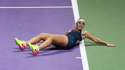 Cibulkova fecha 2016 de sonho com o título mais importante da carreira