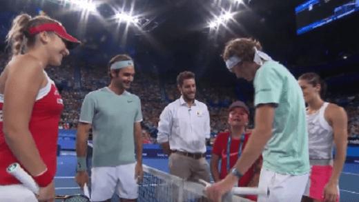 [Vídeo] Criança não consegue parar de chorar ao ficar frente a frente com o ídolo Federer