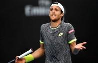 João Sousa perde em pares e diz adeus ao Open da Austrália
