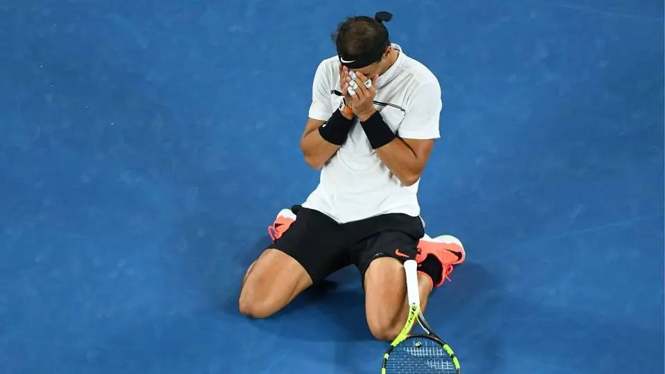 Nadal confessa ter chorado depois de desistir em Roland Garros