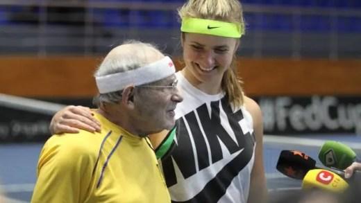 Svitolina treina com um senhor… de 92 anos
