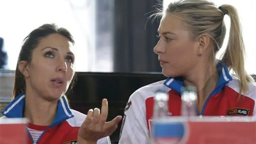 Myskina: «As outras jogadoras nem deviam falar sobre a Sharapova. O que dizem é vazio»