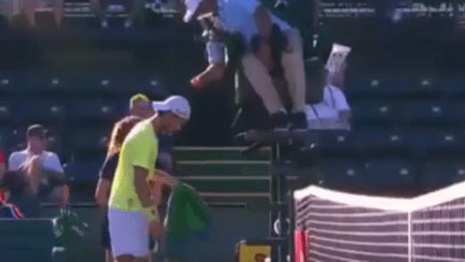[Vídeo] Raro: Carlos Bernardes mandou Sousa cortar um dos seus patrocínios e ele não gostou: «Isso são paneleirices»