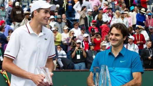 Roger Federer com John Isner no Match for Africa 4
