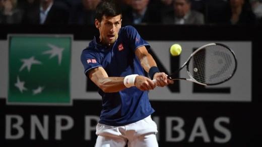 Novak Djokovic mandou entregar flores no balneário feminino de Roland Garros