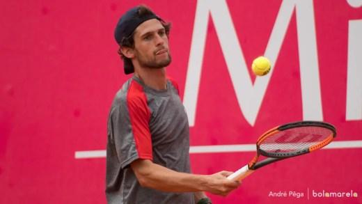 Roland Garros. Pedro Sousa arrasa em 58 (!) minutos e avança no qualifying