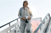 [Fotos e Vídeos] Campeã de Roland Garros recebida em festa no seu país