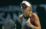 BATALHA. Wozniacki resiste a 1.º set épico e bate Pliskova rumo à sua 2.ª final nas WTA Finals