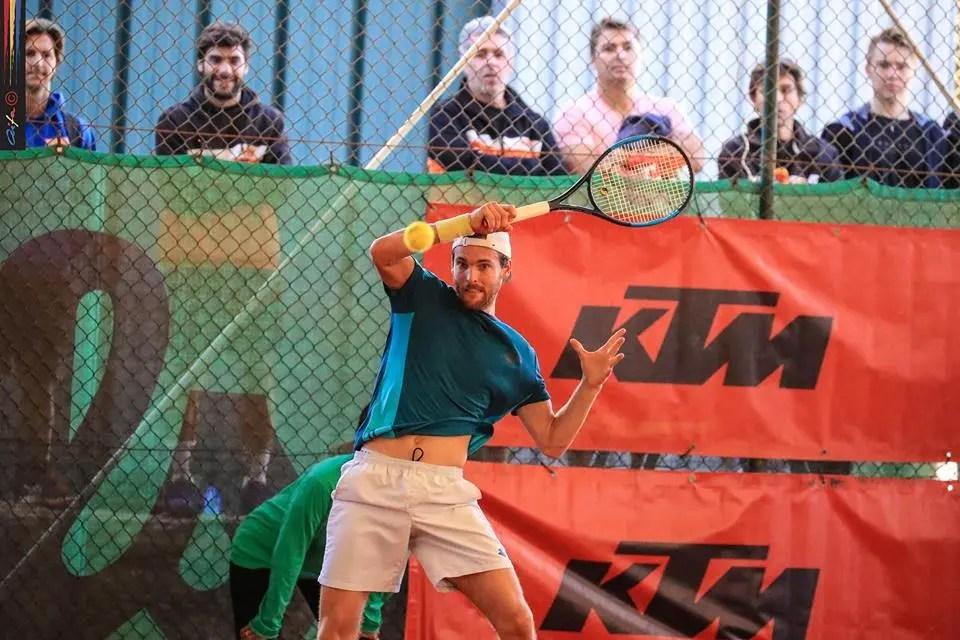 João Sousa campeão nacional absoluto pela primeira vez — Ténis