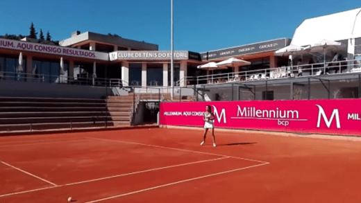 [VÍDEO] Vasco Pascoal e Sofia Araújo entre o ténis e o padel