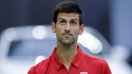 Novak Djokovic garante estar perto de regressar aos courts