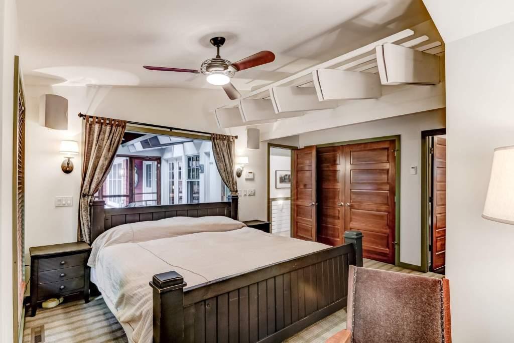 22-06 - Master Bedroom-4-e (Custom)