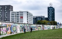 Where Are Images of of the Berlin Wall Today Places
