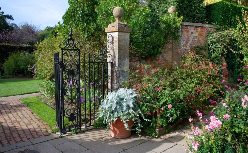 A Conversation in an English Country Garden…