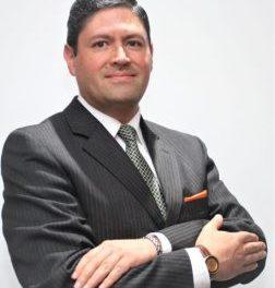 El experto internacional en ventas Manuel Quiñones, explica los factores claves del Neuromarketing para influenciar la toma de decisiones del consumidor