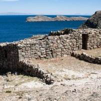 Isla del Sol (Inca ruins)
