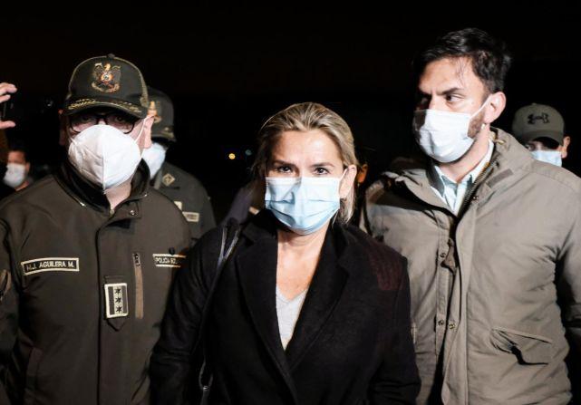 Cronología de las aprehensiones: del primer tuit a la detención de Jeanine  Áñez en celdas de la Felcc – Bolivia Verifica