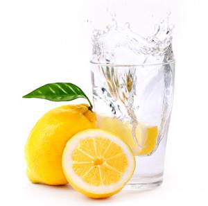 acqua e limone per la dieta detox