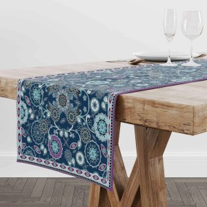 Emerald on Snowflakes Table Runner