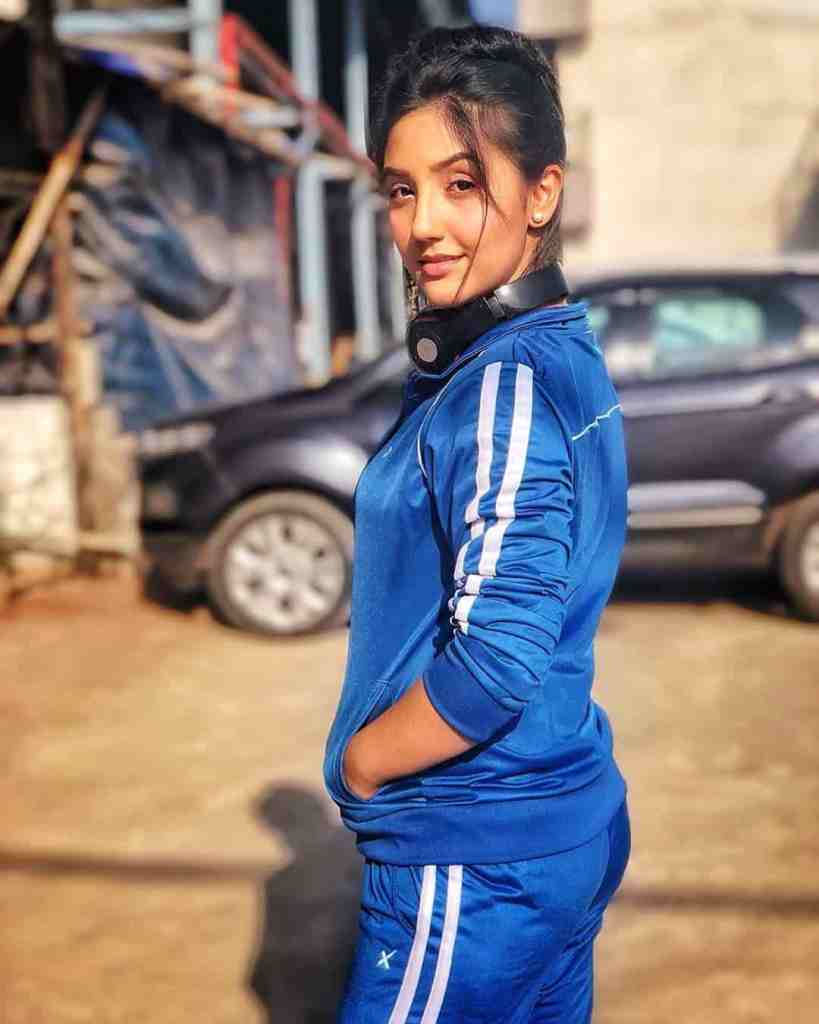 Ashnoor Kaur Age, Height, Biography, Family, Net Worth in 2020