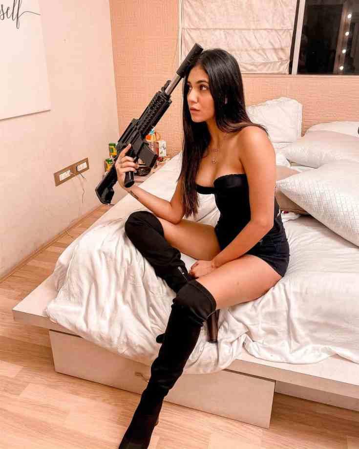 Radhika Seth Hot Pictures