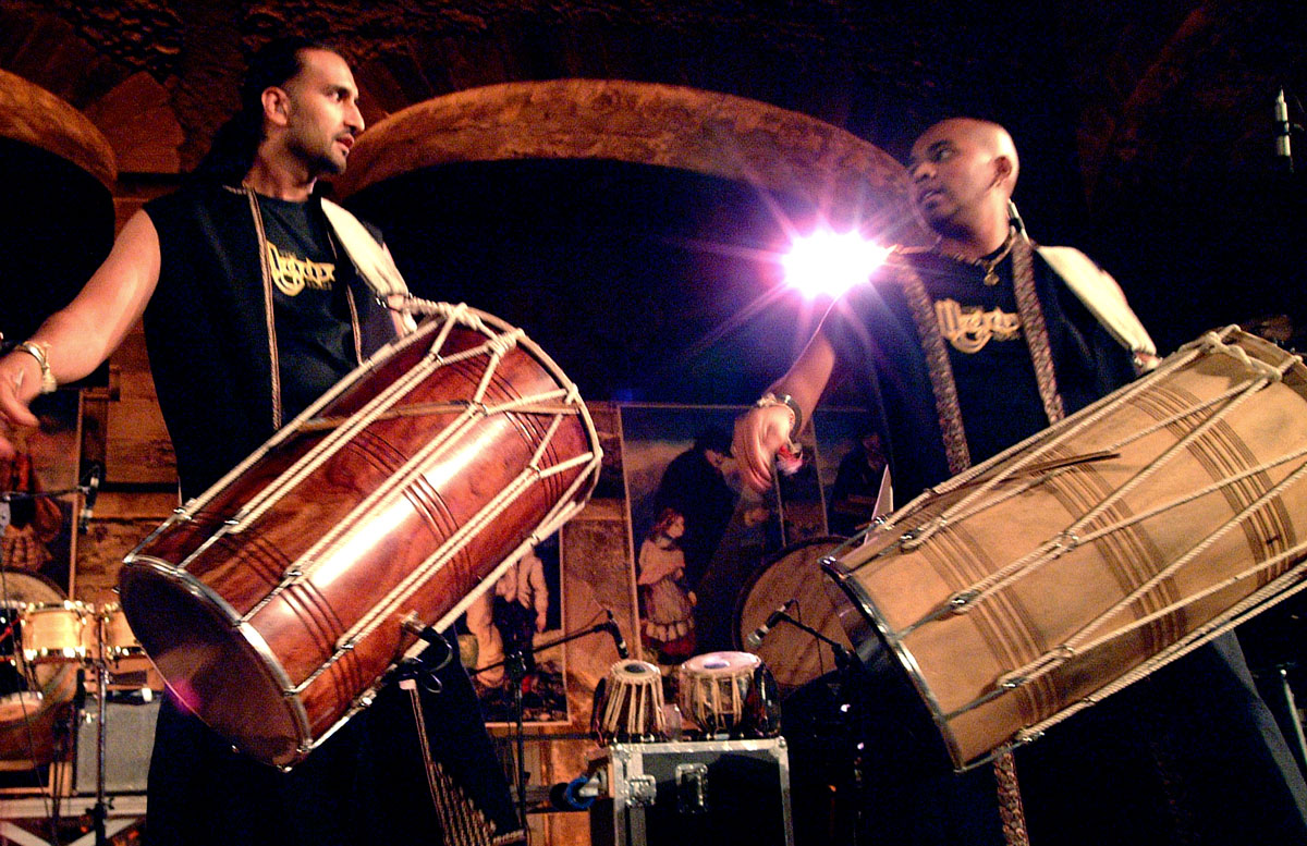 bollywood-brass-band–sliders–book-us–festivals–002