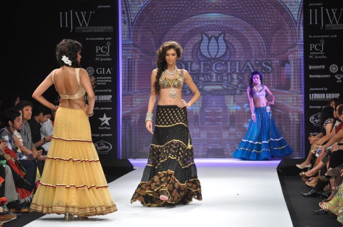 51 Models wearing an JASHN outfits at IIJW 2012