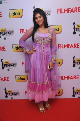 Anjali received Best Actor Award (FEMALE) for the Movie 'Engayum Eppodum', at the '59th !dea Filmfare Awards 2011' (South) on 8th July at Jawaharlal