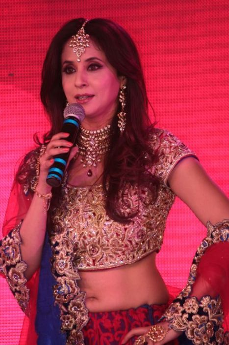 09 - Show Stopper Urmila Matondkar in a designer Asif Shah's collection in Indore at Sayaji Palace,..,.,