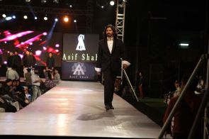 46 - Models with designer Asif Shah's collections in Indore at Sayaji Palace...,..