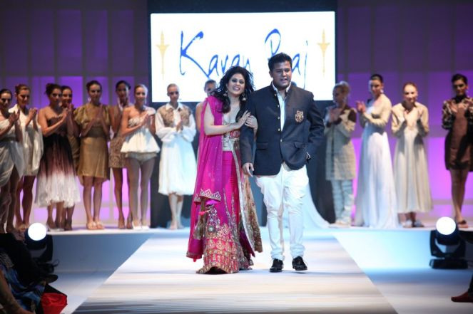 Showstopper Anjana Sukhani & Designer Karan Raj at the finale of 'Fashion Me 2013' in Dubai...