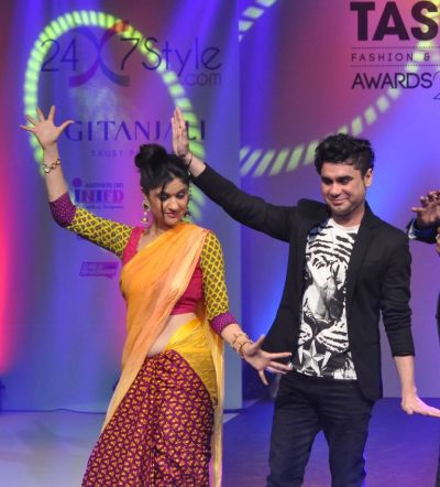 15 RJ Archana @ Tassel Fashion & Lifestyle Awards 2013