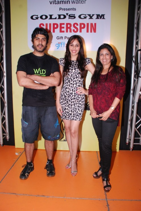 01 L-R Actor Vikas Bhalla, Actress Pooja Chopra & Ms. Althea Shah, Fitness Expert, Gold's Gym, India @ SuperSpin event in Gold's Gym, Bandra