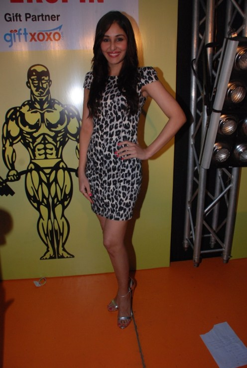 03 Actress Pooja Chopra @ SuperSpin event at Gold's Gym, Bandra